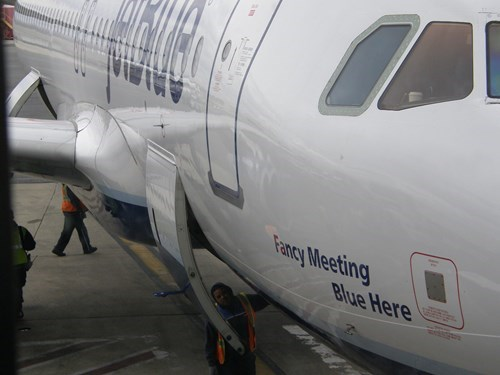 jetblue,puns,airplanes,funny