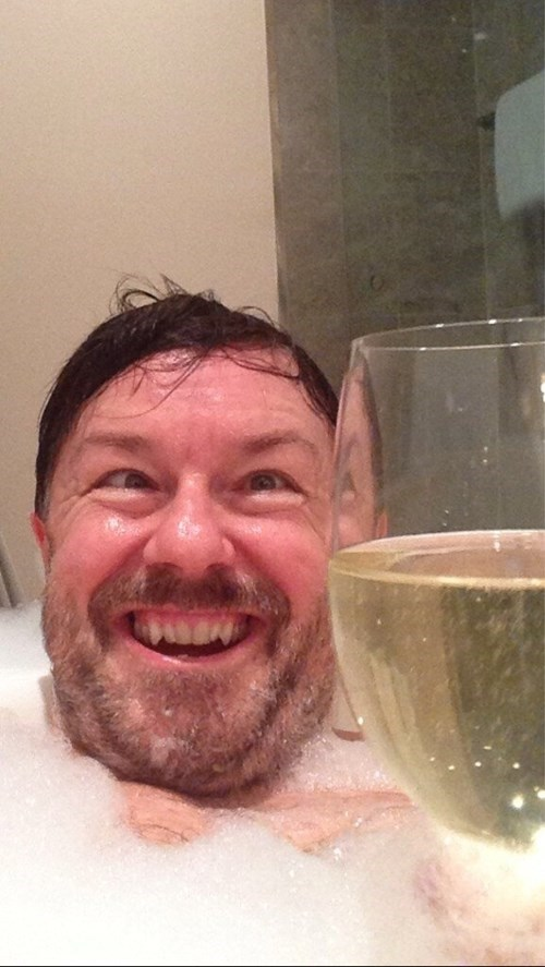 selfie,funny,ricky gervais