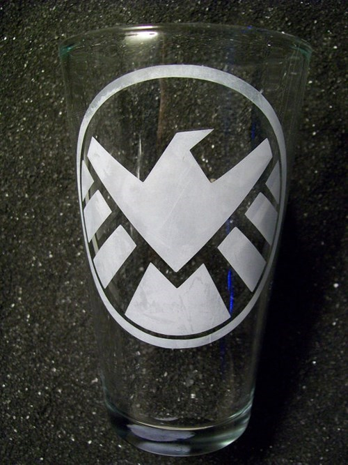 shield pint glass superheroes avengers - 7634455552