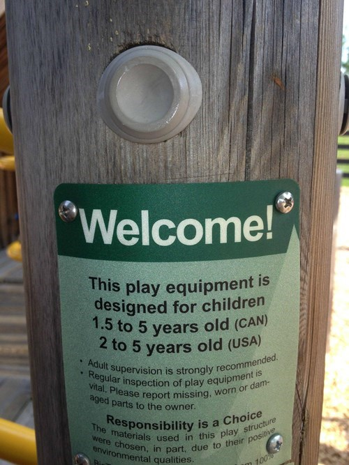 Canada kids playground parenting maturity - 7642700288
