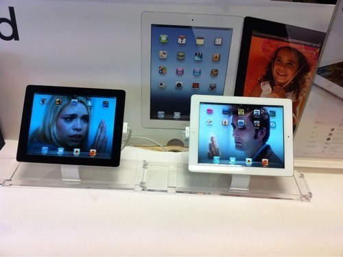 billie piper,ipads,rose tyler,apple store,David Tennant,doctor who