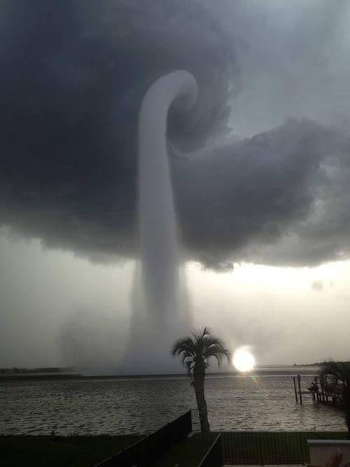 tornado water spouts science funny - 7645666816