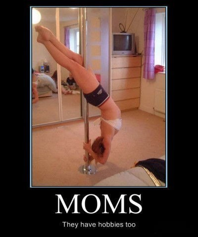 Sexy Ladies photobomb moms funny - 7646132224