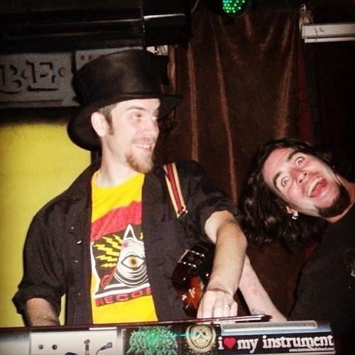 photobomb top hats funny - 7651574528