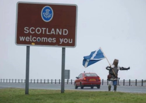scotland Travel hitchhiking knight funny vacation g rated win - 7652438016