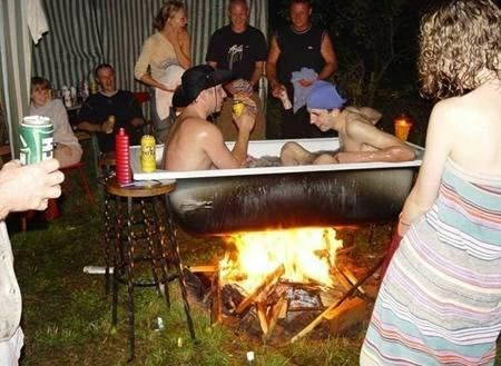 bath tubs outdoor bbqs parties funny - 7655397376