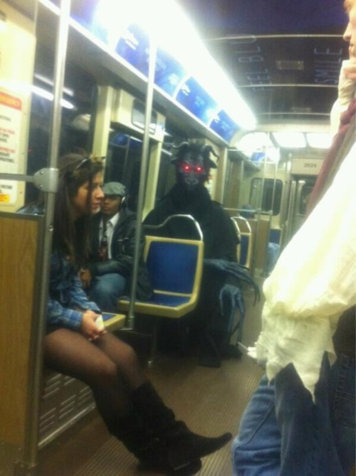 Zuul,costume,Subway