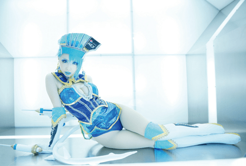 Tiger and Bunny cosplay Tokyo Otaku Mode blue rose - 7670183680