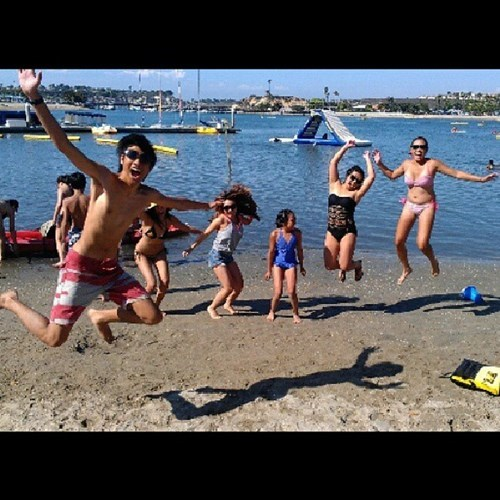 photobomb beach funny - 7670224128