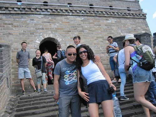 photobomb,stairs,tourists,funny