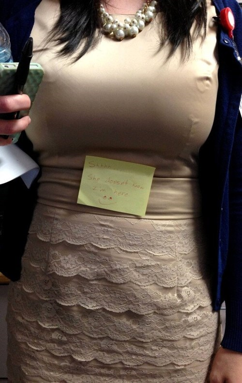 sticky note surprise hidden poorly dressed