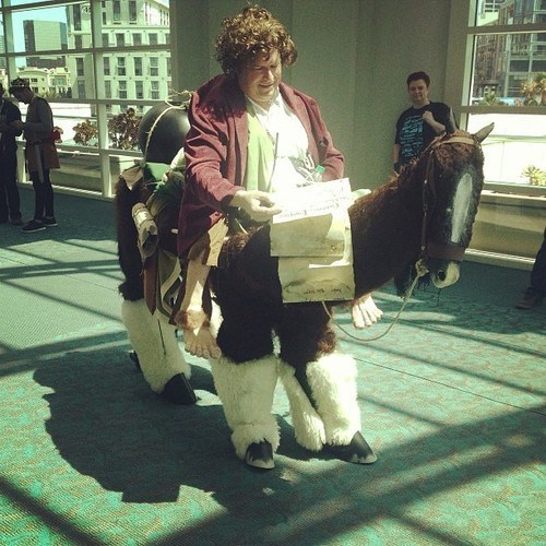 cosplay Bilbo Baggins The Hobbit sdcc 2013 - 7675115520