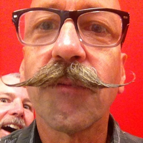 photobomb moustaches mustaches funny - 7675132928