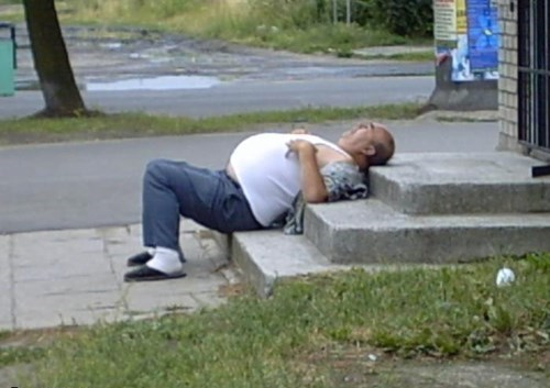 stairs passed out drunks funny - 7684006912