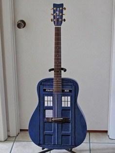 guitar tardis doctor who - 7685521408