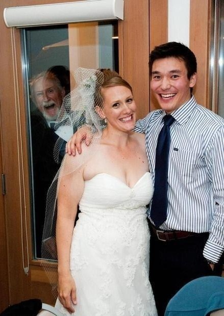 dads,photobomb,father of the bride,weddings,funny