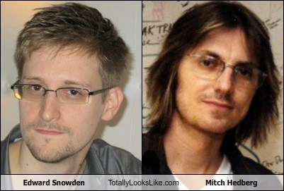 edward snowden mitch hedberg totally looks like funny - 7688207872