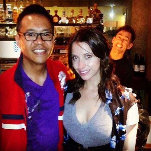 photobomb,bartenders,funny