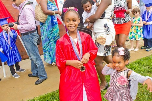 Babies,photobomb,graduation,kids,funny