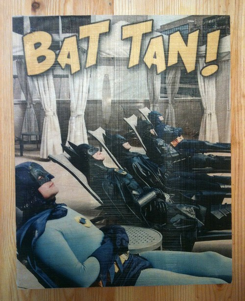 photobomb tanning batman funny