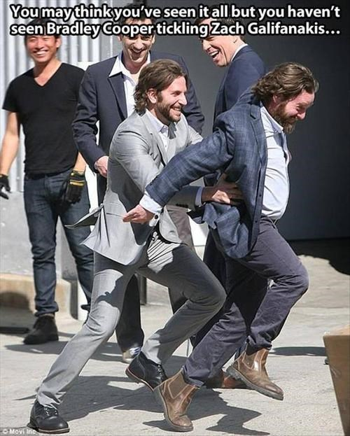 Zach Galifanakis tickle fight hangover bradley cooper - 7701336576