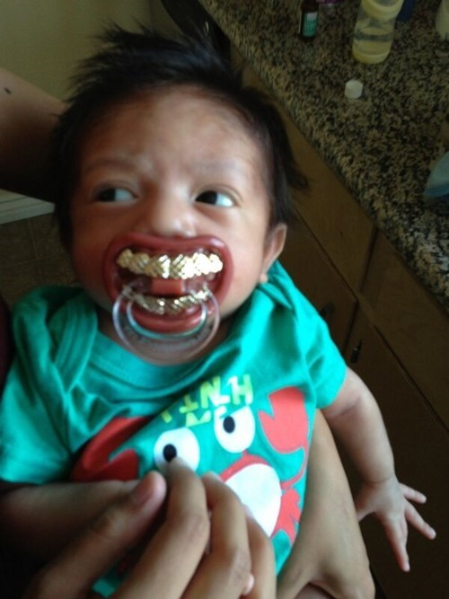 toddler,pacifier,grillz