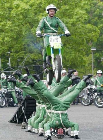 ouch motorbikes germans wtf funny - 7702272768