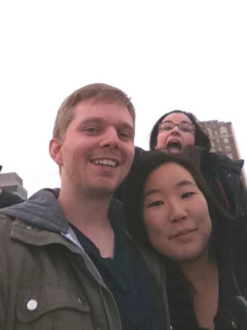 first date photobomb third wheel funny - 7704146688