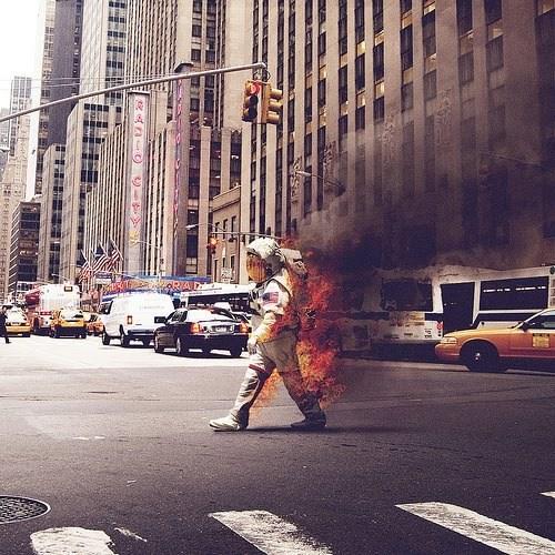 wtf fire astronauts funny - 7706624000