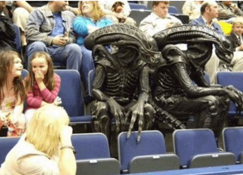 Aliens wtf stomachs gifs costume audience funny - 7706738432