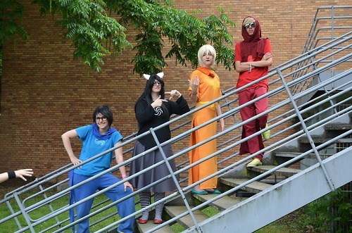 photobomb,cosplay,so close,staircase,funny