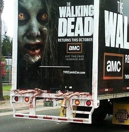 IRL The Walking Dead - 7710088192