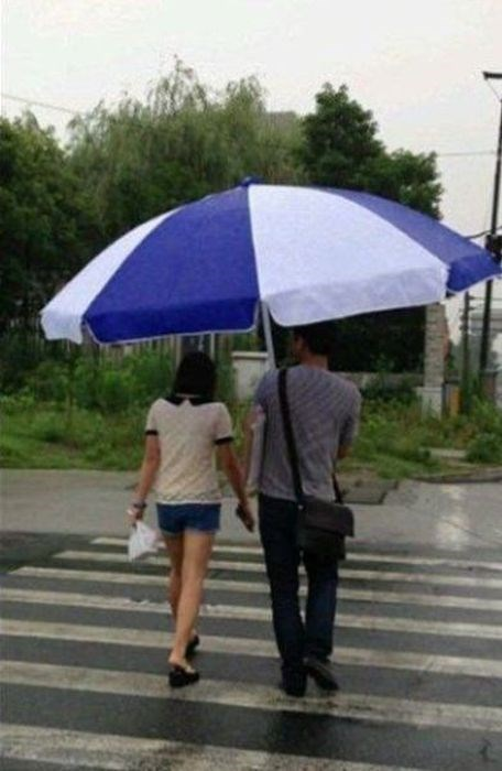 umbrella,couples,funny