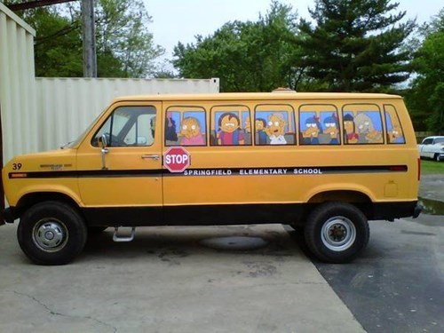IRL school bus the simpsons - 7712621056