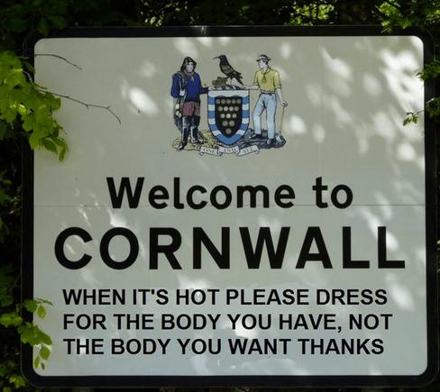 cornwall dress hot body - 7720323840