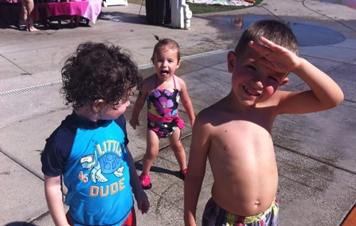photobomb kids summer funny - 7722000384