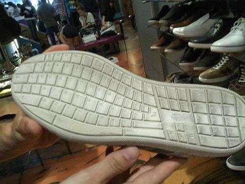 shoes,QWOP,qwerty