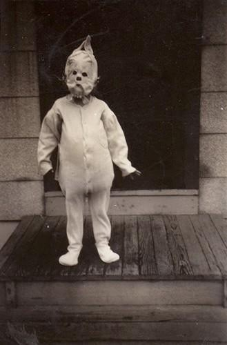 wtf kids creepy porches funny vintage - 7722672384