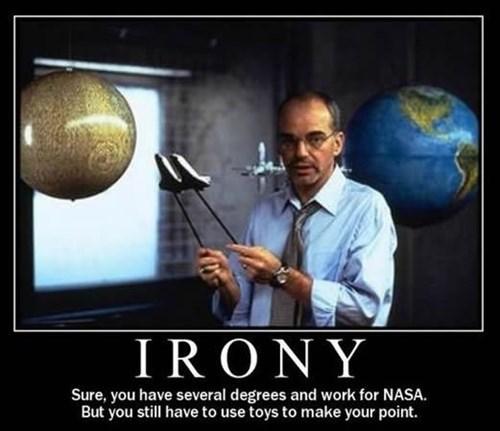 nasa scientist toys Movie smart Billy Bob Thorton funny - 7724602112