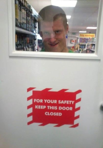 door sign creepy funny fail nation g rated
