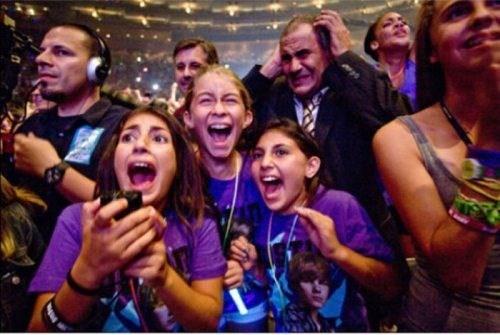 concerts parenting funny justin bieber - 7726239744