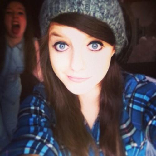 photobomb selfie funny - 7770348032