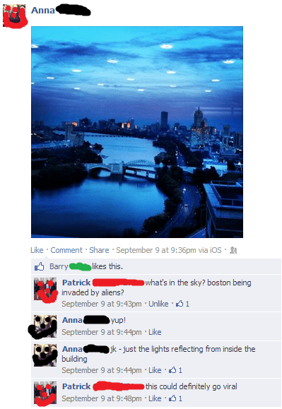 Aliens photobomb facebook funny boston - 7793519104