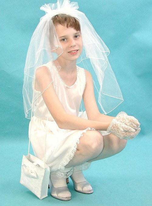 bride,gender bender,white,wedding