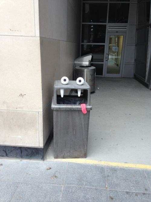 Street Art googly eyes hacked irl funny