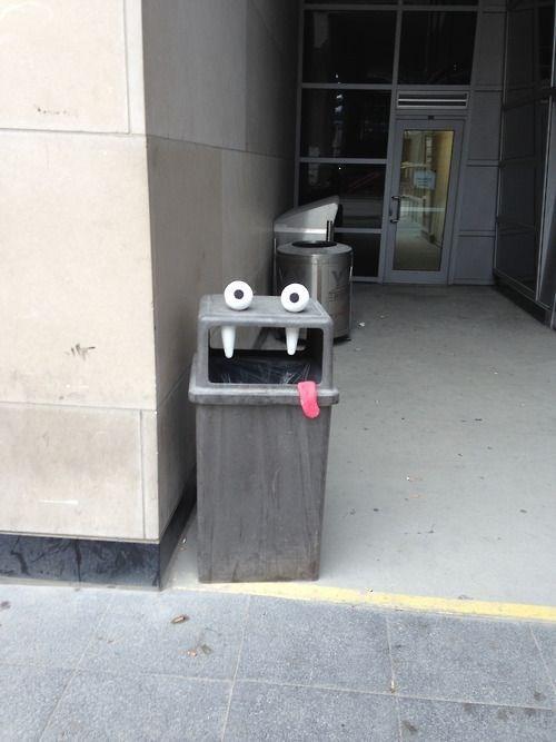 Street Art googly eyes hacked irl funny - 7802533888