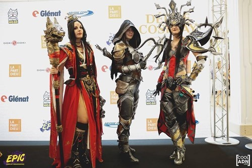 Two Wizards and a Demon Hunter Walk Into a Con