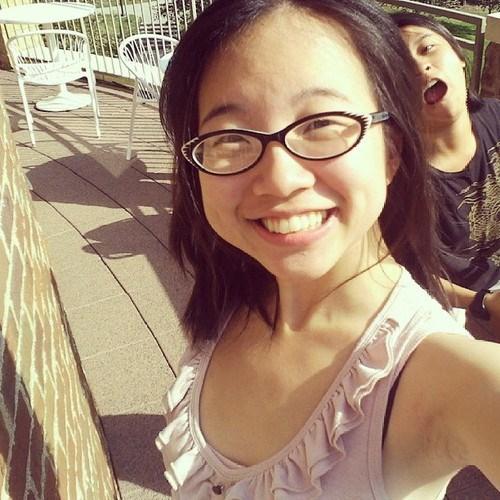 photobomb selfie funny