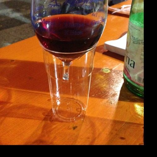 wineglass there I fixed it plastic cups - 7826670336