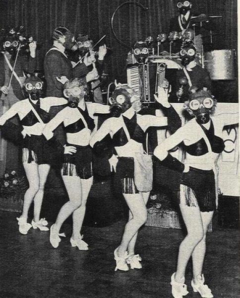 gas masks wtf cheerleaders funny - 7833481472